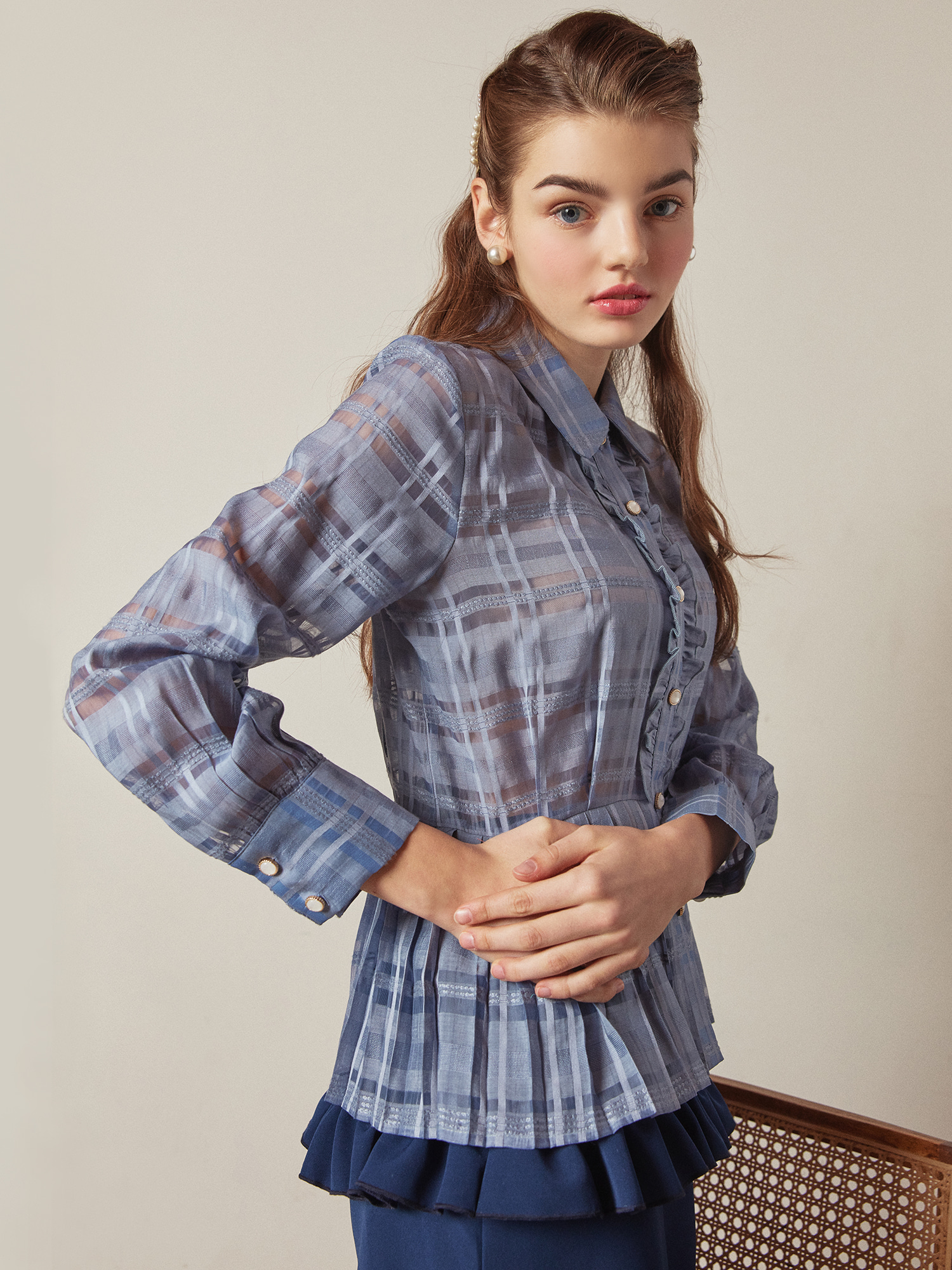 check pleats blouse_skyblue