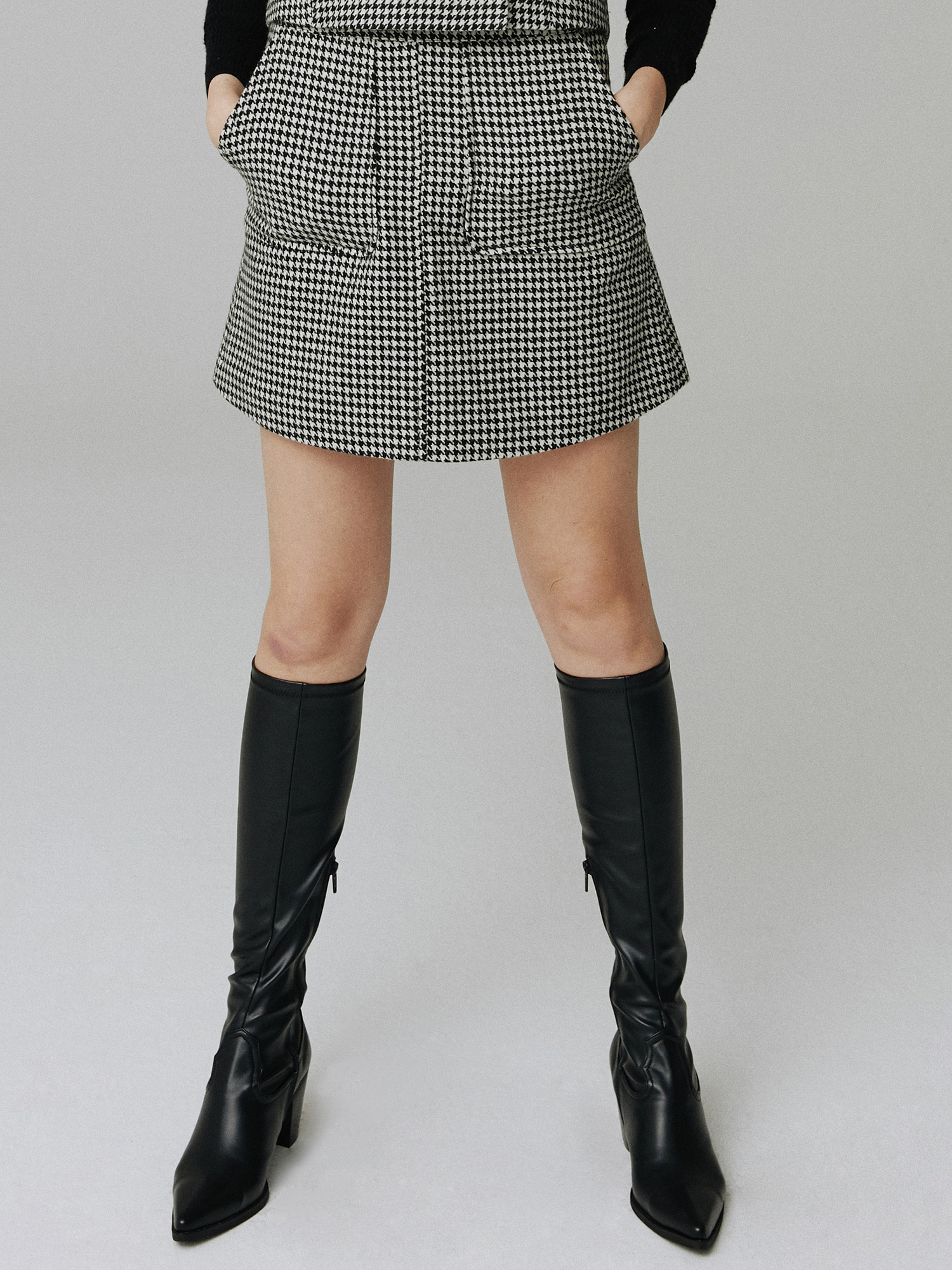 Wool check skirt_black