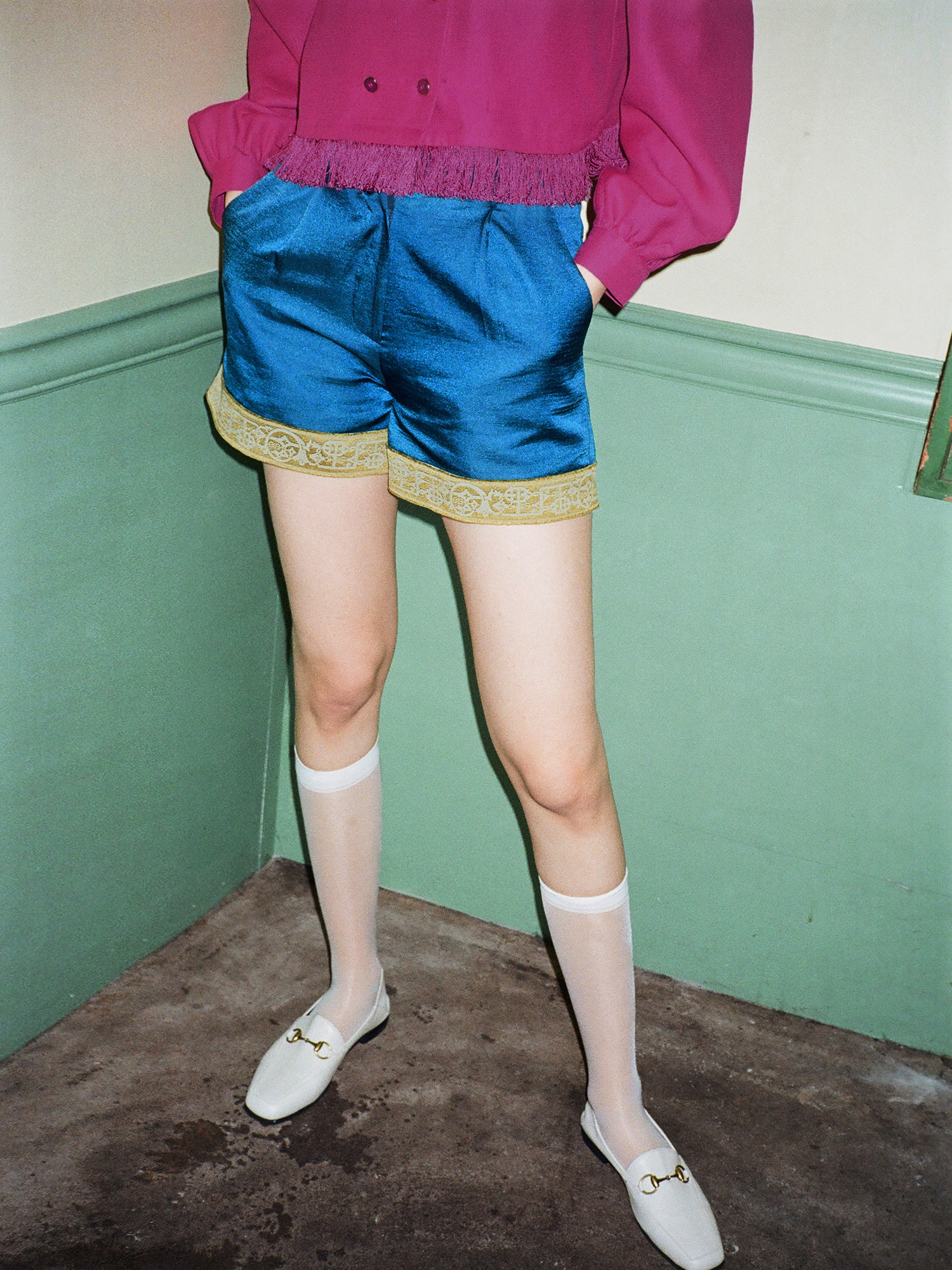 satin pin-tuck shorts_emerald